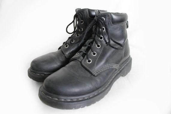 US5.5 Vintage Dr Martens Black Leather Doc Martens