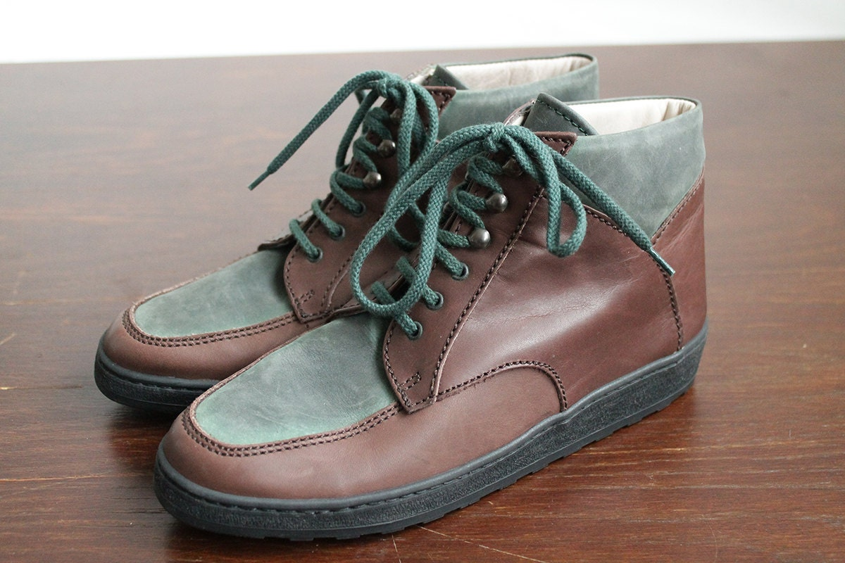 1668e4a9927f2 90s Vintage Brown Leather / Green Suede Ankle Boots for Women size EU37.5 /  UK4.5 / US 6.5