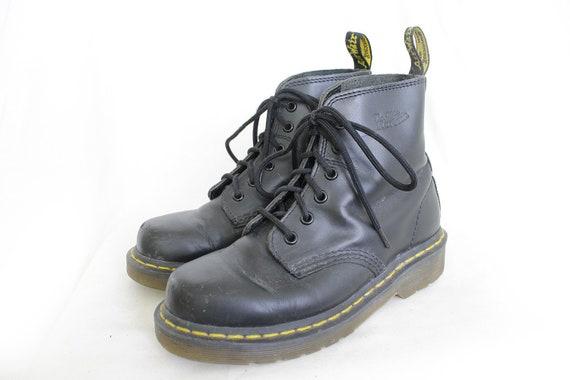 US4.5 Dr Martens Vintage Black Leather Doc Martens