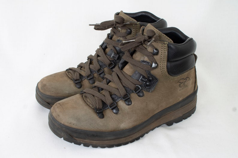 c4fefabb96959 US8 Vintage 1980 Olive Sturdy Leather Adventure Travel Mountain Hiking  Ankle Boots EU39 / US8 / UK6 Womens