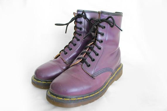 US5 Dr Martens Vintage Purple Leather Doc Martens