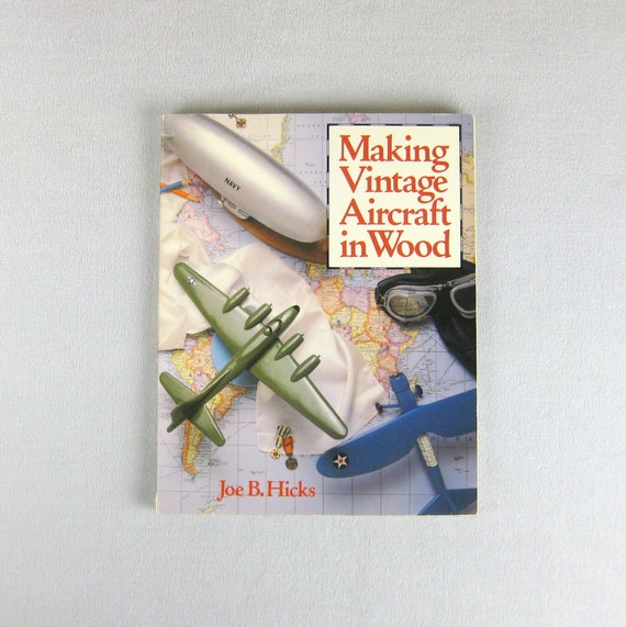 BOEING F4B-3 FIGHTER AIRCRAFT HAT PIN
