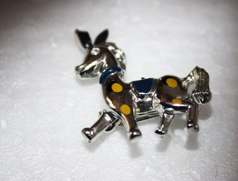 Little Vintage Silver tone Horse Pin Dark Blue Saddle Blue and Yellow Dots