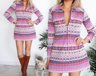 1960s Psychedelic Mini Dress, Small Medium, Mod Gogo Shift Floral Boho Hippie Party Festival Pastel Pink Purple Red Long Sleeve Zipper Front