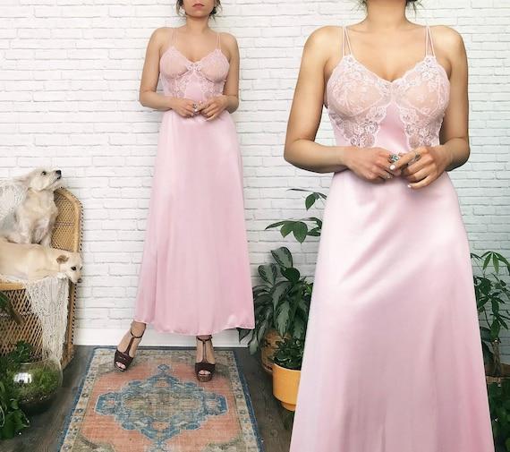70s Rose Slip Dress // Chantilly Lace // Vintage S