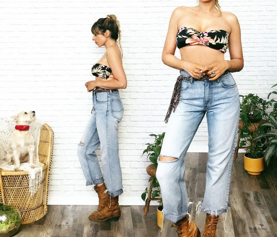 Distressed Lee Boyfriend Jeans • 30