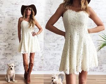 Vintage 1970's 1980's LACE Mini Dress || Baby Doll Boho Dress ||  Stevie Nicks Style || Size XS to S || Size 2 to 4