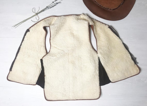 1960s Suede Shearling Vest || Medium Small || Hon… - image 8