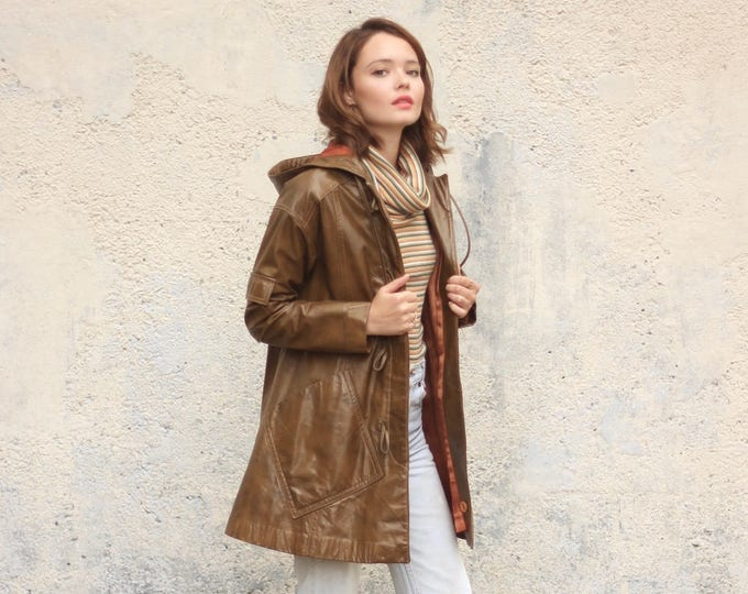 Leather Hooded 70s Rain Coat Designer Toggle Buttons Women's Vintage Long Winter Jacket Small