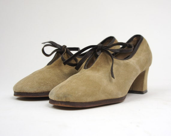 60's Brown Suede Shoes Women's Mod Heels Leather Pumps Vintage Size 6