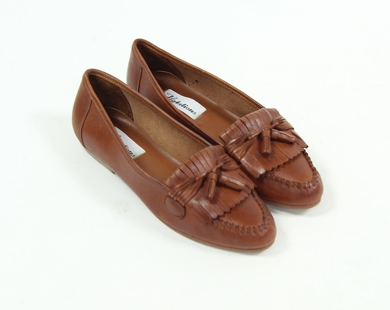 Women's 9 Brown Slip on Loafers Leather Summer Shoes Vintage Size 9