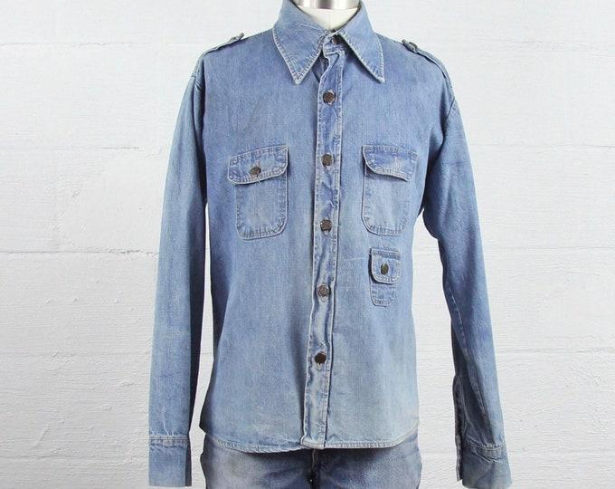 Men's Chambray Shirt Light Wash Denim Button Up 70's Jean Shirt Size Medium Denim Jacket