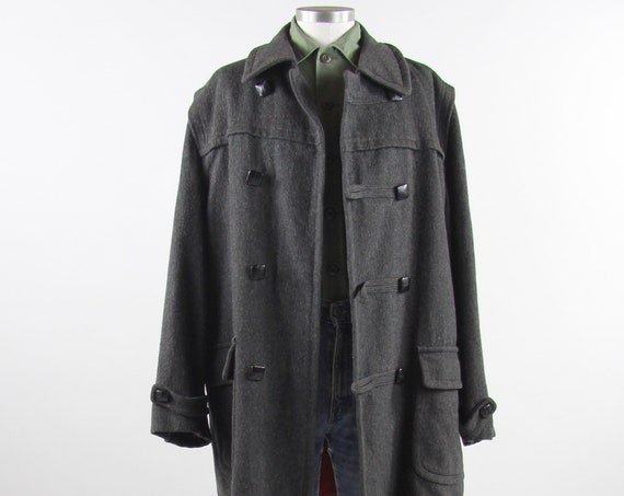 Men's Grey Peacoat Wool Heavy Winter Coat by Loden Vintage Size Large 42R Made in Germany