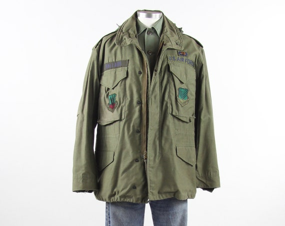 "Men's Military Jacket with Hood US Air Force Heavy Olive Green Field Coat ""Ballard"" Vintage Size Medium Short"