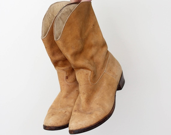Women's Suede Cowboy Boots Size 6 Leather Camel Light Brown Slip On Western Boots Size 6 / 6.5