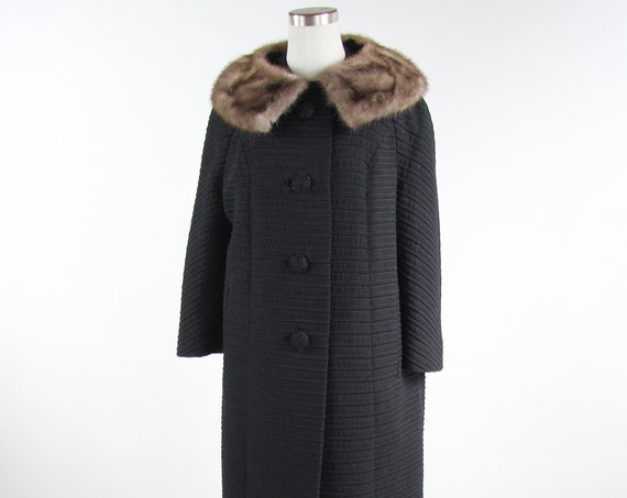 Women's Black 50s Burton's Button Down Coat with Fur Collar Vintage Size Medium