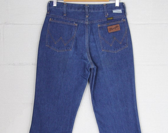 Men's Dark Blue Boot Cut Wrangler Denim Jeans Made in the USA Vintage Size 31