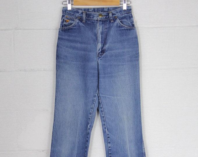 Women's Wrangler Vintage Jeans High Waisted Straight Leg Light Wash Western Denim Size 28 Size 11
