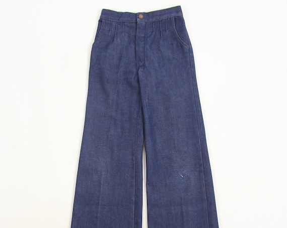 Kid's JC Penny Bell Bottom Jeans Size 12 Super Denim