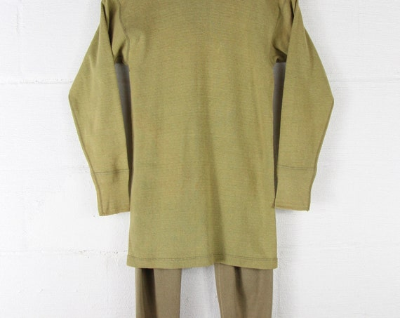 WWII Military Wool Vintage Thermal Two Piece Army Set Size Small