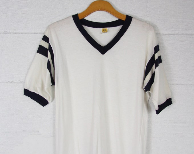 V-Neck Ringer Baseball Tee 50/50 White Vintage T-Shirt Made in the USA Cincinnati Large Medium Large