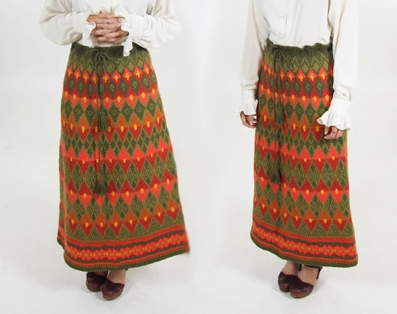 Vintage Thick Heavy Knit 70s Skirt Bohemian Medium Large Floor Length Maxi 60s Earthtone High Waisted Drawstring