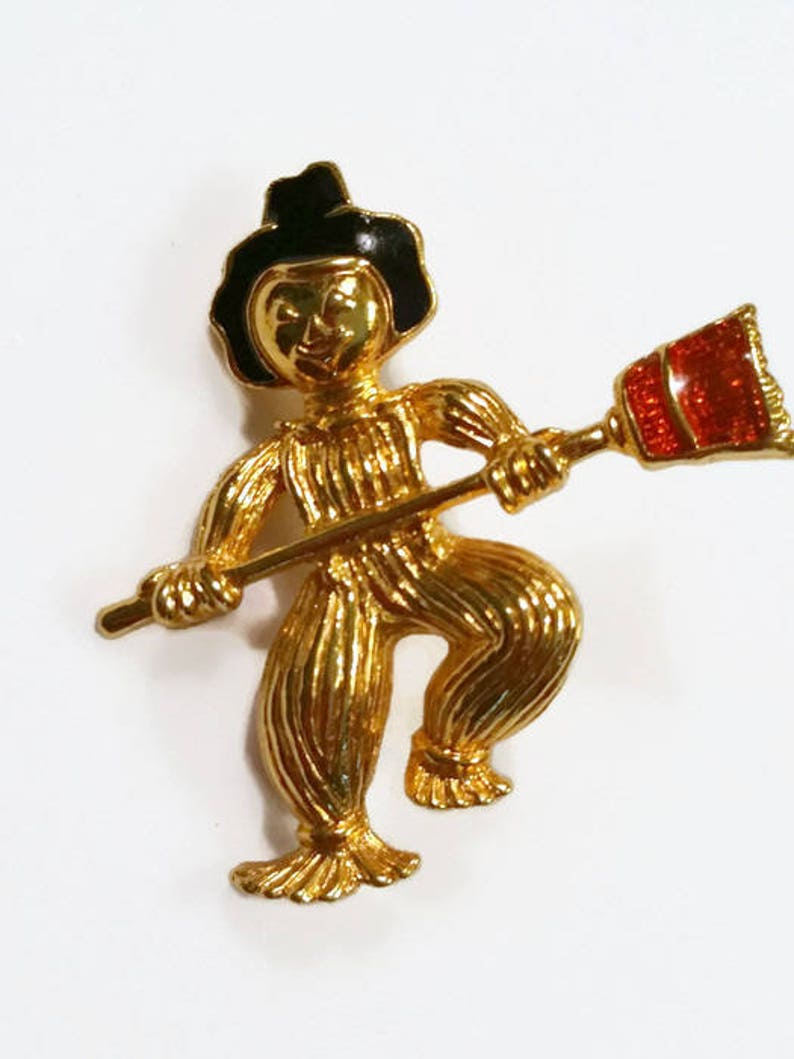 Scarecrow Boy Pin Wizard of Oz Gold and EnamelUnsigned image 0