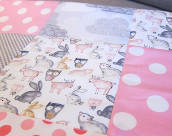 Baby girl spotty grey & pink cot quilt