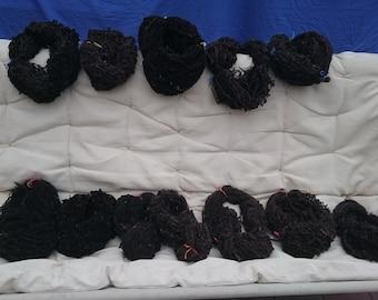 handgesponeen zwartbles wol