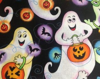 Friendly Ghosts by Hi-Fashion Fabrics/Quilting Sewing Craft Fabric/Halloween/Trick or Treat/Jack-o-Lantern/Spiders/Bats/HALF YARD Pricing