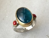 The Frida ring Limited edition - Sparkling apatite and coral multistone sterling silver ring