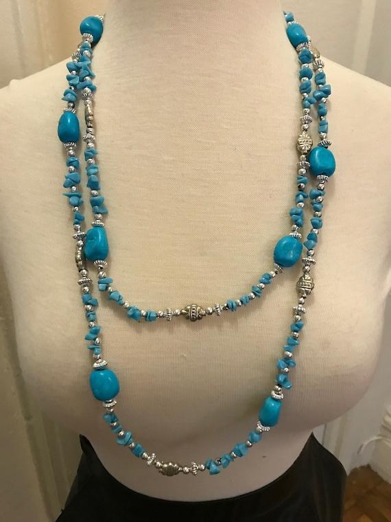 genuine turquise nugget beads Boho vintage 70s blue long necklace.