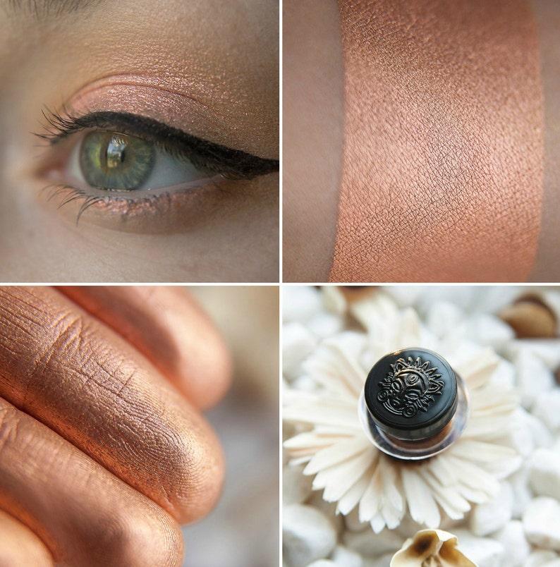 Sigil Inspired Tammy Tanuka Loose Eyeshadow The image 0