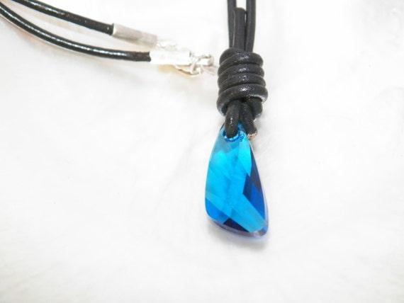 H o basta aggiungere acqua in pelle cavo collana con blu etsy