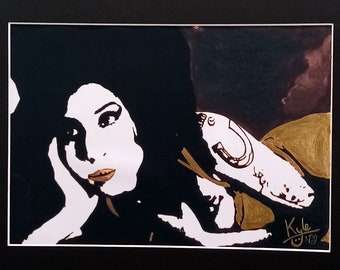 Amy Winehouse - Vintage Gold Edition | Hand-finished Print | Elegant 20 x 16 inch Black Mount with A4 Aperture | HeadonArt