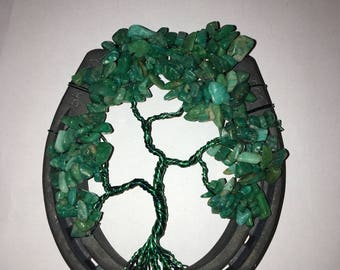 Dark green amazonite bead stone twisted wire tree in a horse shoe