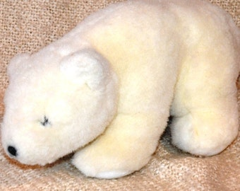 "GUND 1985 Vintage WHITE BEAR...Plush.. 15"" nose to tail. Adorable."