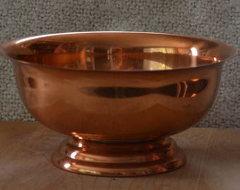 Lg.COPPER FRUIT BOWL.. Vint. 70s..  Tiered Pedestal..Made by Copper Craft Guild..Outside Perfect Shiny..some Discoloration marks inside..