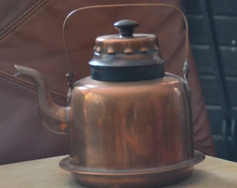 ANTIQUE All COPPER TEAPOT..Made in Helsinki..Round Black Wood Knob..Bottom Rim & Decorative Raised Open Bumps on Lid. Perfect Condition.
