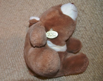 """SNUFFLES  GUND  1980 Vintage ( 36 Yrs. Old )..Light Brown.. With """" GOLD Gund Tag.."""" 14"""" from nose to tail.  12"""" sitting. Plush.  Soft."""