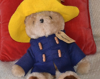 """PADDINGTON BEAR, Meas.141/2"""", VINTAGE 1975 Authentic Outfit and Tag. Glassy Eyes, Lg. Black fuzzy Ears, Excellent Condition, Soft and Cuddly"""