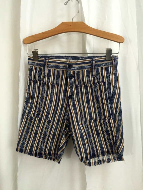972077d61e80 Vintage Women s 70s Striped Denim Shorts Size 12    High