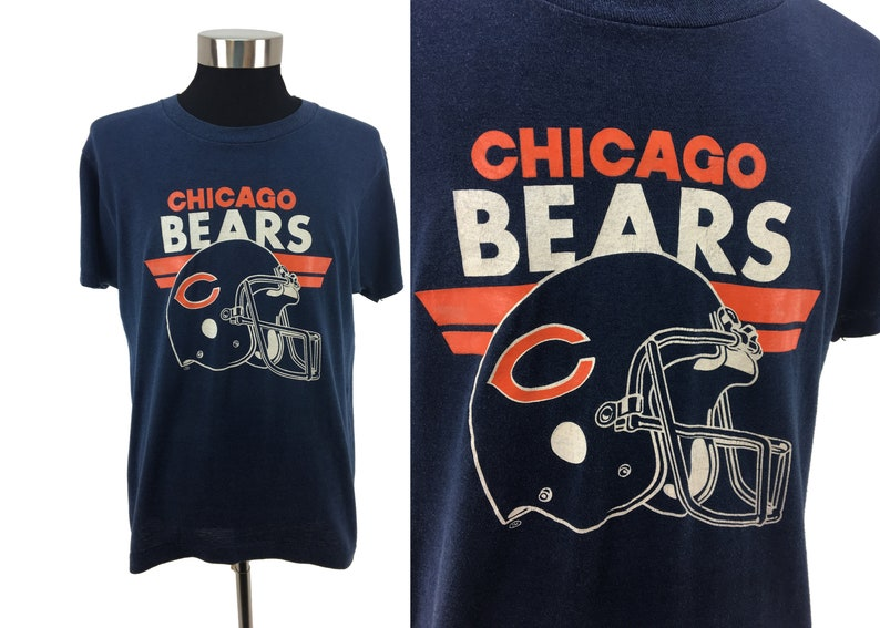 5a94b91c Vintage 80s Chicago BEARS T-Shirt Large | 1980s Screen Stars soft & thin  throwback athletic helmet football NFL retro graphic super bowl