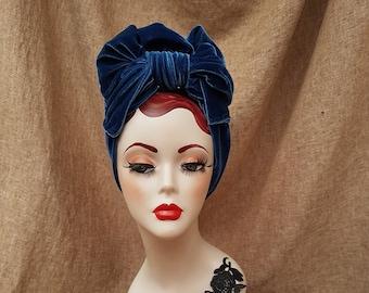 Ocean blue VELVET Turban Headband // Vintage inspired indigo blue // 30s 40s Retro // Bow Turban // blue velvet accesories elegant