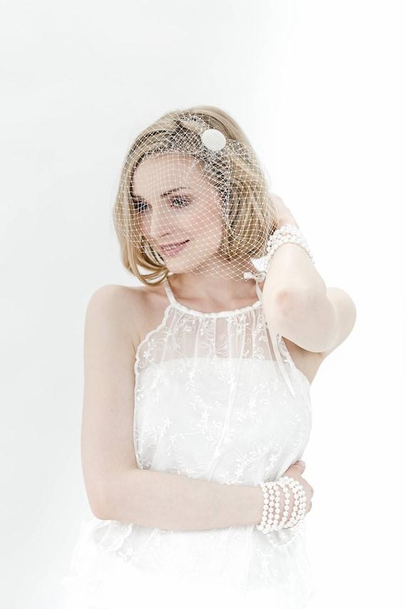 BIRD CAGE VEIL Bride Bridal Headpiece minimalistic pearls fifties wedding vintage elegant simple ivory white Vintage button 50ties 40ties