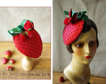 Strawberry Headpiece for Valentines & Engagement // Vintage inspired bridal Look 50s // Wedding Bridesmaids // Red Fascinator Strawberries