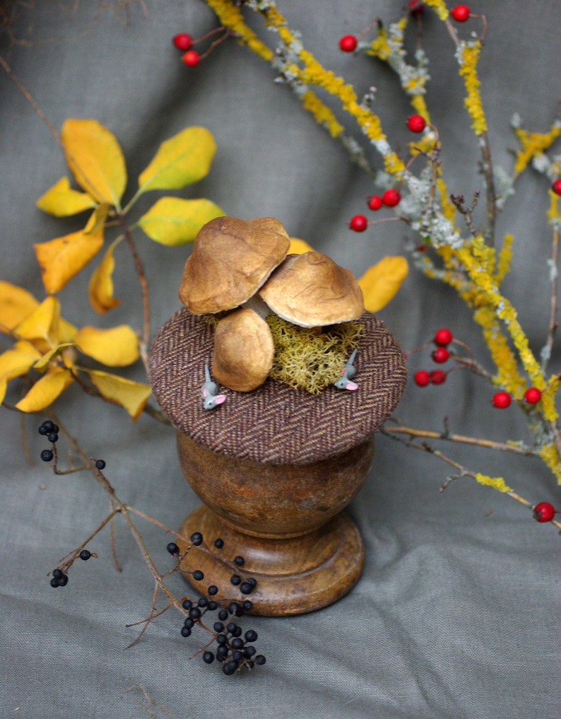 TWEED Fascinator // Headpiece for Wood Forest Lover // Nature image 0
