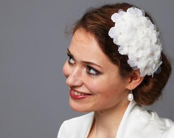 Bridal Headpiece WEDDING FASCINATOR HYDRANGEA vintage bride teardrop rhinestone ivory fifties retro 1940 1950 50ties bridesmaids glamour