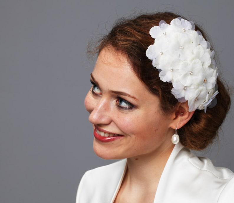 Bridal Headpiece WEDDING FASCINATOR HYDRANGEA vintage bride image 0