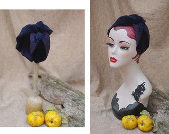 elegant navy blue Velvet Half Hat // Headpiece Vintage 30s 20s Art Deco // Diva Bow Look // Headband Fascinator Accessories // gift race